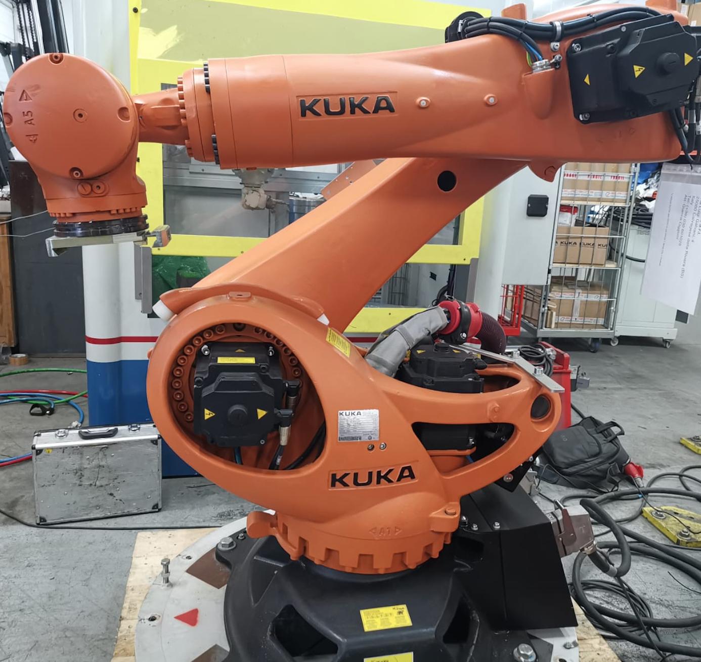 KUKA KR210  Krc4 Prime