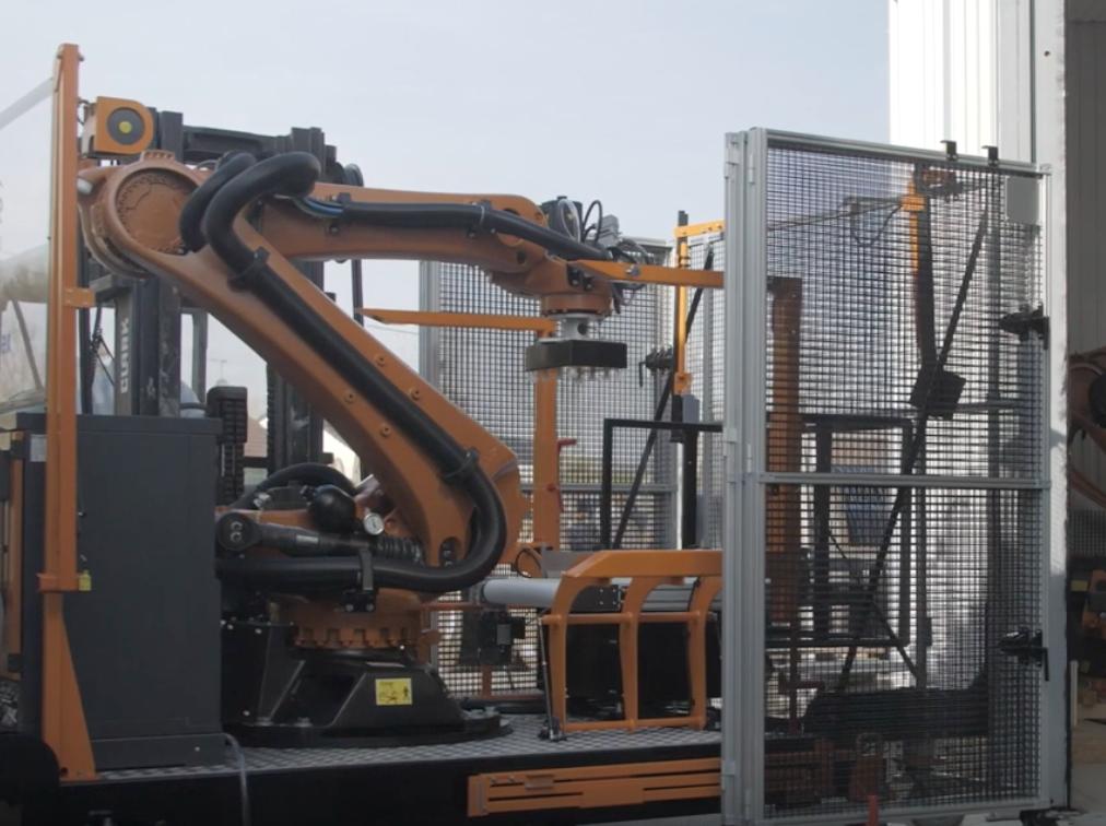 ROBOTIC PHOTOGRAMMETRY OPTIMIZES THE PRODUCTION LINE