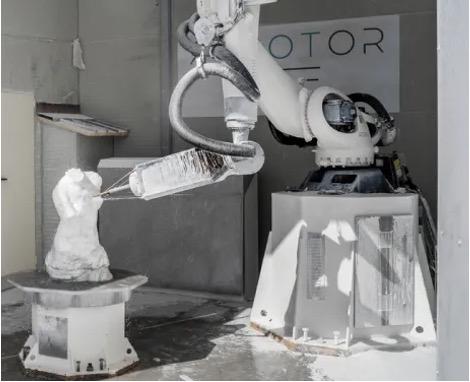 ROBOTS SCULPTORS IN ITALY